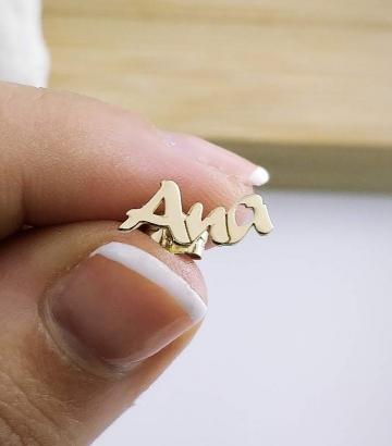 Pendiente Oro Nombre Tres letras